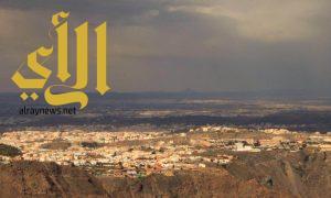 """""""آل مالح"""" يلتقط صورة لجبل أم القصص من مرتفعات أبها"""
