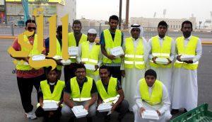 نادي الجيل بالأحساء ينظم مشروع إفطار صائم على طريق الخليج الدولي