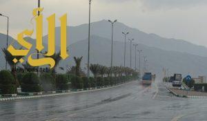 أمطار الخير والبركة تهطل بغزارة على منطقة عسير