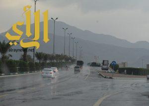 أمطار الخير و الرحمة تهطل على محافظتي محايل عسير وبارق