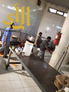 بلدية شرق الدمام توجه 128 انذار خلال جولاتها على المطابخ والمطاعم
