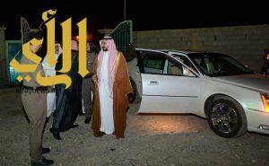 """وكيل إمارة الباحة ينقل تعازي القيادة لعائلة الشهيد """" الغامدي """""""