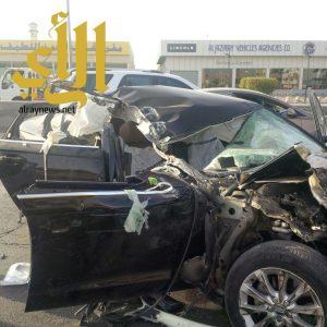 ثلاث إصابات متفاوتة بحادث سير على طريق خريص بالرياض