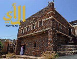 قرى تمنية تعيد إحياء تراثها العريق