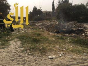 الدفاع المدني يخمد حريقا شب في أحد حفر النفط بتنومة