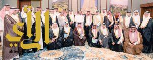وكيل إمارة الباحة يلتقي وفد اللجنة الوطنية التجارية لمجلس الغرف السعودية بديوان الإمارة