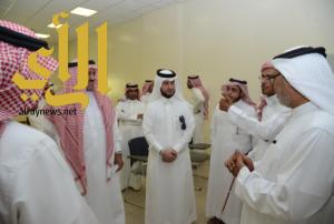 مدير جامعة الملك خالد يتفقد مبنى كلية المجتمع بالمحالة