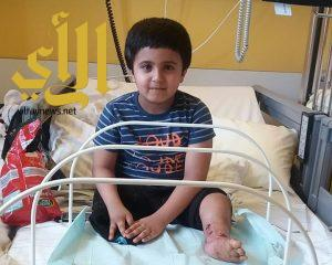 الملحق الصحي ببرلين يقطع أمل الطفل عبدالعزيز في إنهاء علاجه