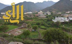 أمطار الخير والبركة تهطل على محافظة رجال ألمع