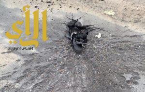 الطوال: تضرر منزل و3 سيارات واحتراق محول كهرباء بسبب مقذوف حوثي
