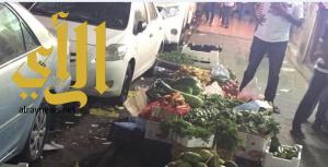 بلدية الخبر تزيل 10 مركبات وتضبط 10 باعة متجولين وتصادر 400 كرتون خضار