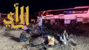 40 إصابة في حادث انقلاب حافلة على طريق حلبان