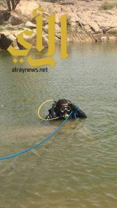 مدني خميس مشيط ينتشل جثة شاب غرق بخيبر الجنوب