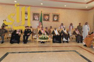 أمير عسير يلتقي مدراء الإدارات الحكومية والأهالي بمحافظة بيشة