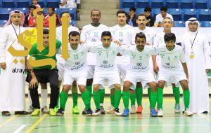 عمان يتصدر بفوزه على الكويت في افتتاحية البطولة الخليجية