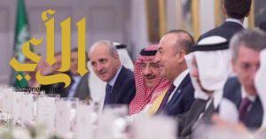 رئيس وزراء تركيا يقيم مأدبة عشاء تكريما لولي العهد