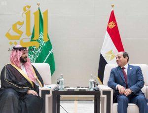 سمو ولي ولي العهد يلتقي الرئيس المصري على هامش انعقاد قمة مجموعة العشرين