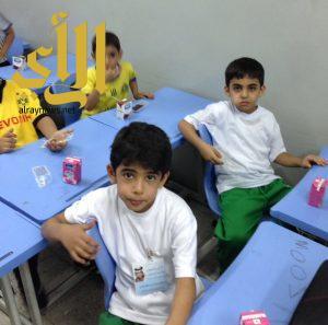 الصحة المدرسية تتابع تنفيذ برنامج الحليب والتمر بتعليم مكة