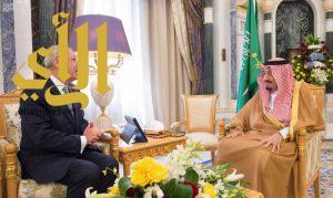 خادم الحرمين الشريفين يستقبل سفير الأردن لدى المملكة بمناسبة انتهاء فترة عمله