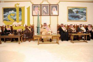 أمير الباحة يستقبل القضاة ومدراء الدوائر الحكومية من مدنيين وعسكريين