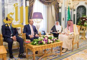 خادم الحرمين الشريفين يستقبل وزيري الخارجية والاقتصاد التركيين