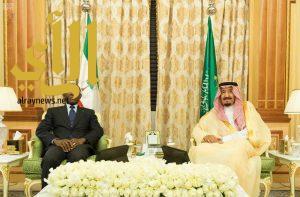 الملك سلمان يعقد جلسة مباحثات رسمية مع رئيس جمهورية غينيا الاستوائية