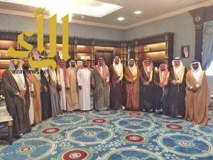 أمير الباحة يؤكد على أهمية دور الغرف التجارية وجذب الإستثمارات