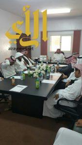 مدير إدارة المساجد والدعوة بالنماص يعقد إجتماعه السنوي بمنسوبي الإدارة