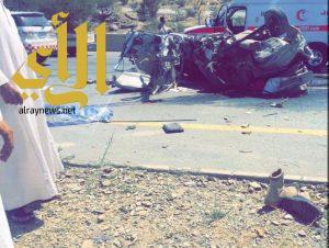 مصرع طالبين وإصابة آخرين بحادث مروري على طريق الباحة العقيق