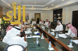 أمانة الشرقية تعقد اجتماع لتفعيل الميناء الجاف في المنطقة