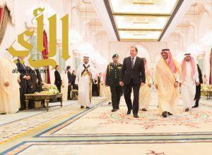 ولي العهد يقيم مأدبة غداء لرئيس وزراء مملكة السويد