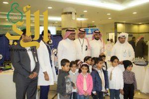 مستشفى ابها للولادة والأطفال يقيم عيادة للكشف على الزوار والمراجعين