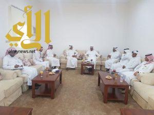 محافظ المندق : يسابق الزمن لدفع عجلة التنمية في محافظة المندق