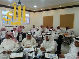 نشاط ألمع يقيم ويشارك في عدد من الدورات والبرامج