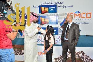 تضاعف إقبال العوائل على سباقات نادي الفروسية في الرياض
