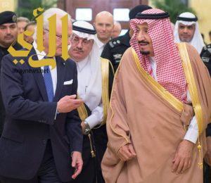 خادم الحرمين الشريفين يستقبل جلالة ملك السويد