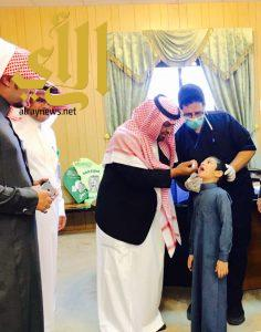 وكيل محافظة المندق : يدشن حملة التطعيم الموسمية التي تستهدف طلاب الصف الاول الابتدائي