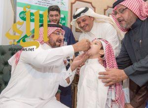 وكيل إمارة الباحة يدشن حملة التطعيم الأساسية لطلاب وطالبات المنطقة