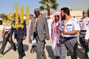 """معسكر """" الناس للناس """" يواصل أعماله في جامعة الامام محمد بن سعود"""