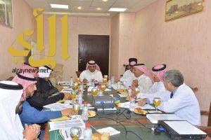 المجلس الصحي لإدارة مستشفى الملك فهد بالباحة يعقد جلسته الأولى بعد التشكيل الجديد