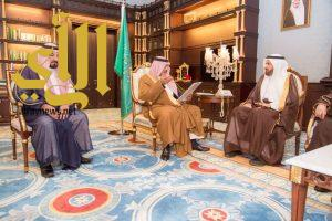 امير منطقة الباحة يستقبل وزير الصحة في مكتب سموه