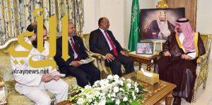 أمير منطقة نجران يلتقى السفير البنجلاديشي