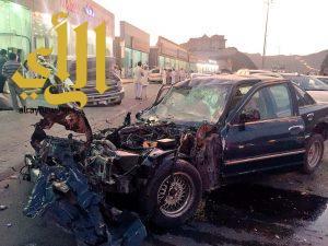حادث تصادم بين سيارتين بدحضه يخلف أربع إصابات