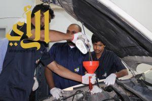يوم مفتوح لتشخيص أعطال وإصلاح المركبات بالكلية التقنية بنجران