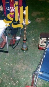 """بلدية الخبر: ضبط 26 شخص يدخنون """" الشيشة """" في واجهة الخبر البحرية"""