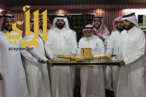 أسرة  الشيخ  مسفّر القرني تحتفي بتقاعد الأستاذ صالح بن مسفر