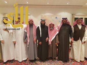 الشيخ الشثري يرعى الحفل الختامي لبرنامج المنح بجامعة المعرفة بالتعاون مع أوقاف الراجحي