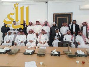 مدير عام الشؤون الصحية بمنطقة الباحة يجتمع ( بفريق التخطيط الاستراتيجي )