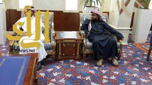 محافظ بني حسن يلتقي أمين منطقة الباحة بمقر مكتبة بالأمانة