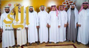 محافظ العيدابي يشارك في فعاليات مهرجان العسل في ثالث أيامه